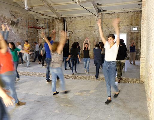 Dansa Escoles