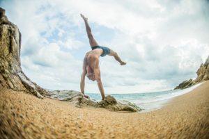 Classes de moviment acrobàtic amb Maël Durand | Obrador de Moviments
